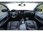 Toyota Hilux SW4 SRX 2.8 4X4 TB DIESEL AUT - 5 LUGARES 2017
