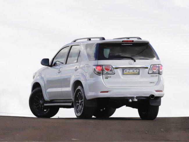 Toyota Hilux SW4 SRV4X4 2015
